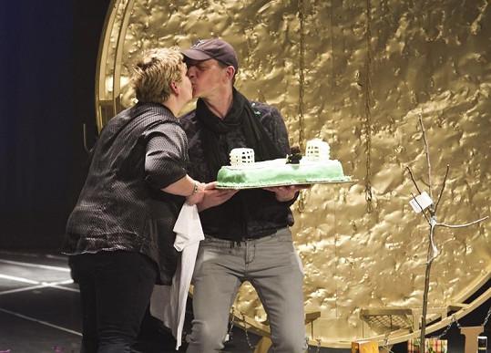 Libor Vaculík dostal k narozeninám dort.