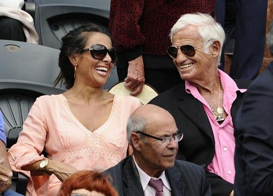 Jean-Paul Belmondo a jeho o více než 40 let mladší přítelkyně.