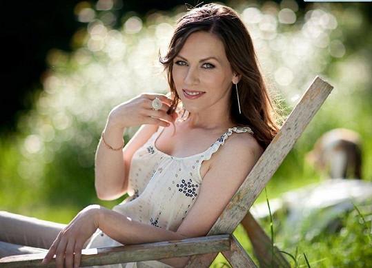 Lucia Lužinská je uznávanou slovenskou jazzovou zpěvačkou. Nyní se snaží prosadit i v Česku.