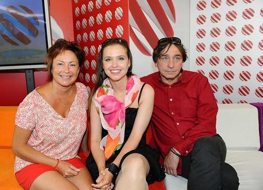 Ilona se svými seriálovými kolegy, Zuzanou Vejvodovu a Ondřejem Pavelkou.