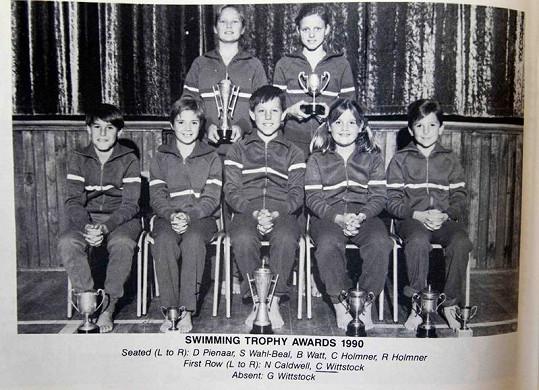Charlene (vpravo nahoře) byla ve sportu úspěšná již jako dítě.