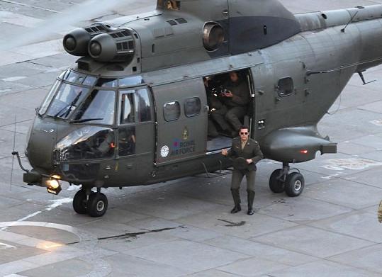 Tom Cruise při natáčení.