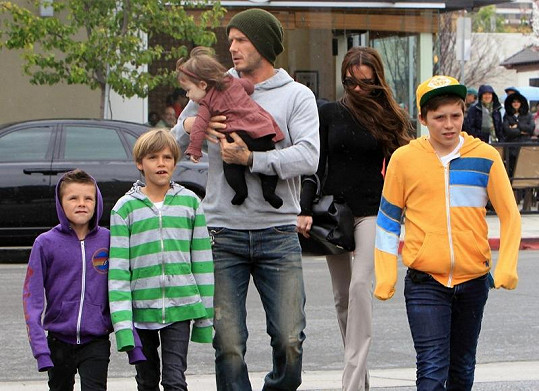 Beckhamovi si v Los Angeles vyrazili na oběd.