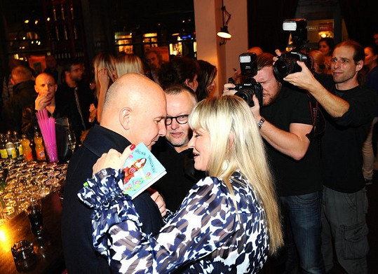 Chantal s Ondřejem Soukupem a Petrem Pečeným.