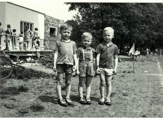 S bratry Stanislavem (vlevo) a Otou (vpravo).