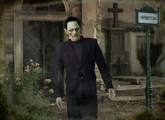 Jiří Schmitzer je schován pod maskou monstra z Frankensteina?