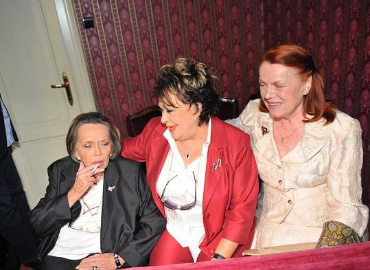 Jiřina Jirásková, Jiřina Bohdalová a Iva Janžurová.