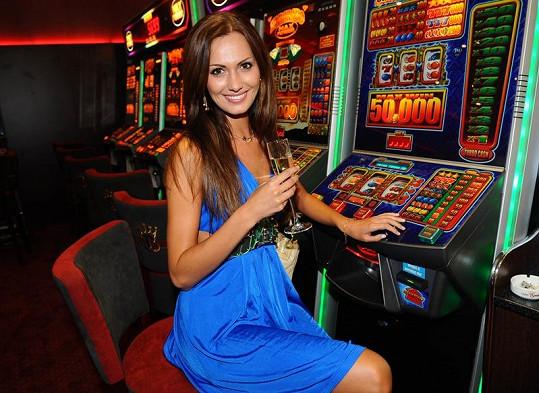 Zahrát si do kasína Bonver přišla i Eliška Bučková.