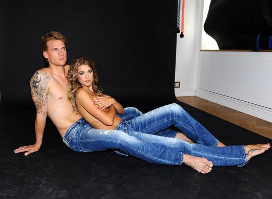 Klára s manželem pózovali pro reklamní kampaň Replay.