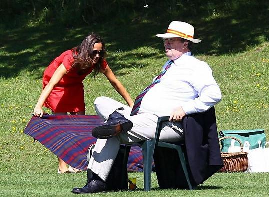 Krásná sestra Kate Middleton připravuje piknik.