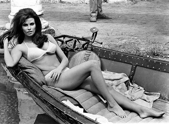 Welsch na snímku z filmu Biggest Bundle of Them All z roku 1968.