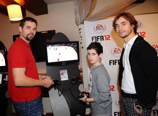 Honza Klobouček a Filip Tomsa na charitativním utkání hvězd.