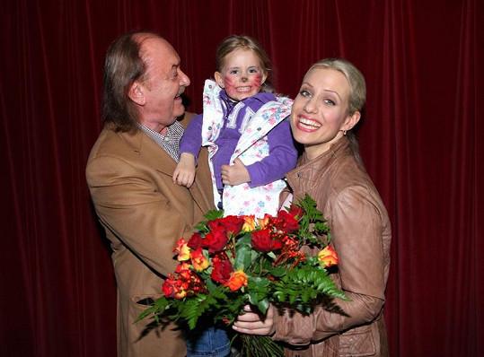 František Janeček s partnerkou Terezou a dcerou Emily.