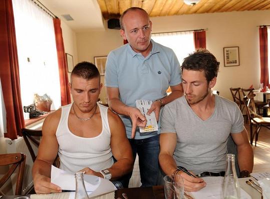 Organizátor David Novotný s Martinem Gardavským a Martinem Klušákem.