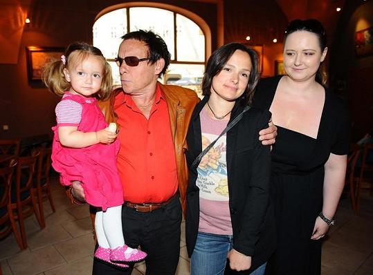 Saidek s dcerami a partnerkou Pavlou.