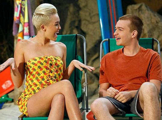 Missi se bude líbit seriálovému Jakeovi.