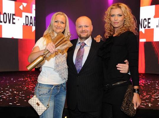 Daniela s majitelem Bomtonu Karlem Kadlecem a vítězkou show Ilonou Fryntovou