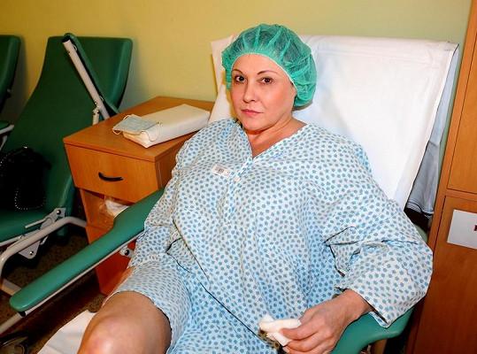 Dáda Patrasová před operací.