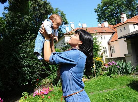 Marcela Skřivánková a její milovaný chlap.