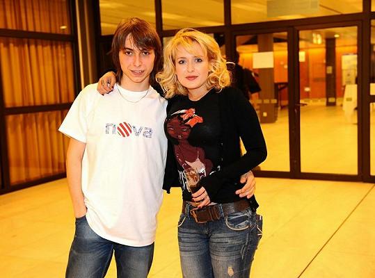 Miluše Bittnerová s kolegou ze seriálu.