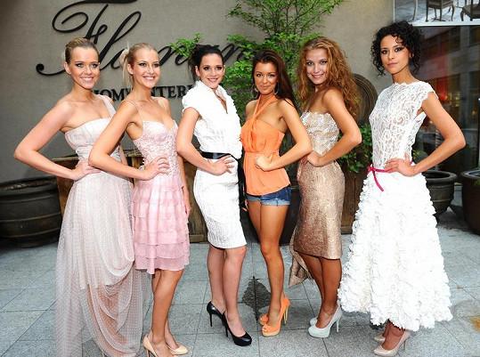 Modelky předváděly na podporu nadace, která pomáhá ženám po odstranění prsu.