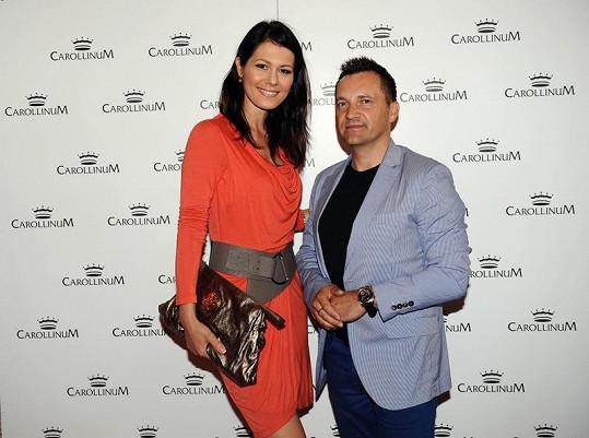 Jana Doleželová si vybrala o něco menšího partnera.