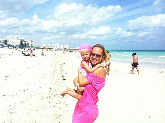 Zuza a Salma si užívají sluníčka na legendární pláži South Beach.