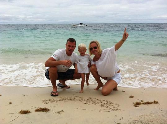 Na pláži v Hondurasu.