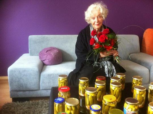Květa Fialová oslavila 82. narozeniny.