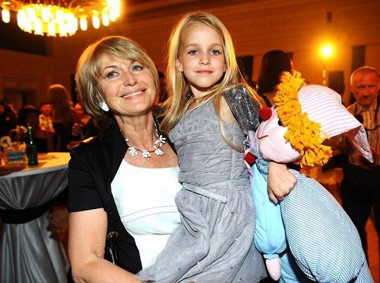 Balzerová se svojí filmovou vnučkou.