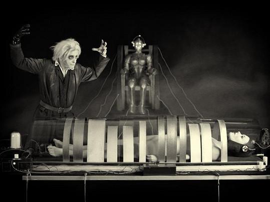 David Prachař a Linda Rybová z filmu Metropolis.