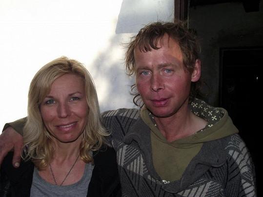 Ota se okamžitě zamiloval do reportérky pořadu Top Star Andrey Ježkové.