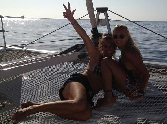 V létě vyjedou holky opět na dovolenou do Španělska.