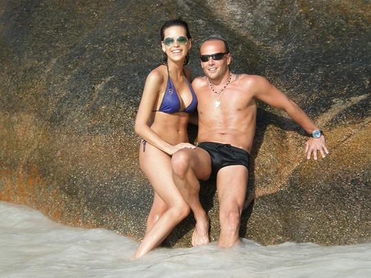 Kateřina Votavová s přítelem Jiřím Wohlmannem mají těla vypracovaná pravidelným cvičením.