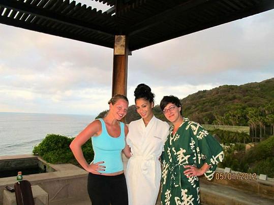 Nicole se oklepala z rozchodu s Lewisem Hamiltonem. Zůstali prý přáteli.