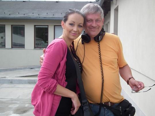 Agáta s režisérem Petrem Šíchou.