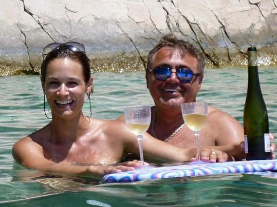 Klára s manželem Miodragem oslavili 11. výročí.