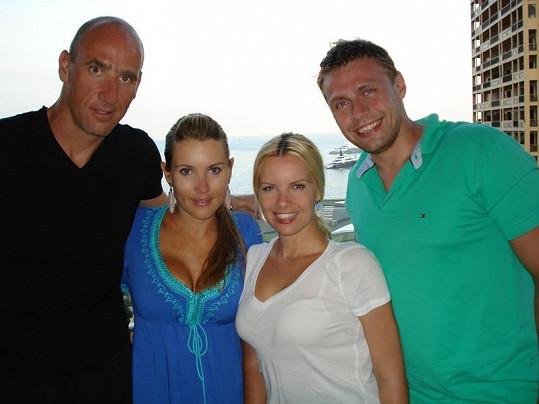 Kateřina Kristelová s manželem Martinem Tůmou a manželi Kollerovými v Monaku.