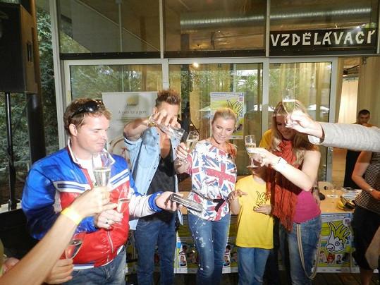 Akce proběhla za účasti kmotrů Leony Machálkové, Dana Nekonečného, Martina France, Gabriely Gunčíkové a Thomase Puskailera.