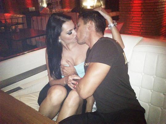 Niki a Viktor zvaný Gino se našli díky reality show Hotel Paradise.