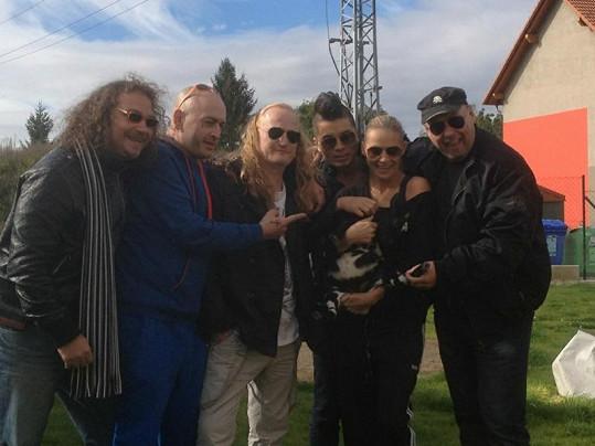Martina vděčí kapele Walda Gang za originální dárek.