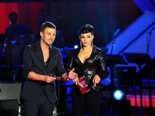 Slovenská zpěvačka Tina se do povědomí českých diváků dostala díky moderování Hlasu ČeskoSlovenska.