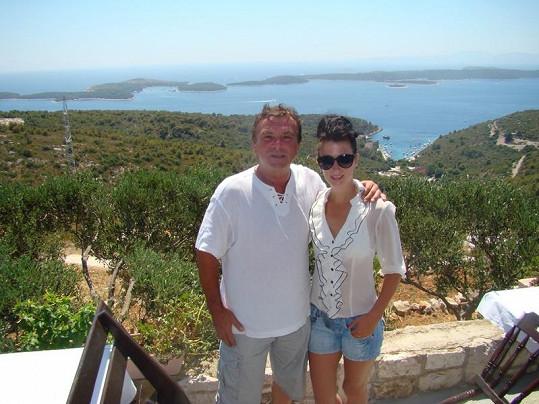Pavel Trávníček a jeho přítelkyně Monika na dovolené v Chorvatsku.