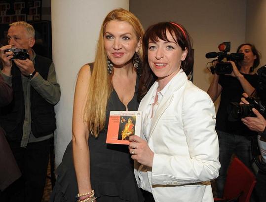 Tatiana Vilhelmová s Martinou Formanovou na křtu audioknihy.