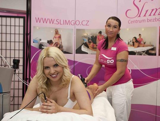 Kateřina Kristelová chodí pravidelně na bezbolestnou liposukci.