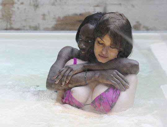 Sara Tommasi se sestrou svého bývalého přítele.