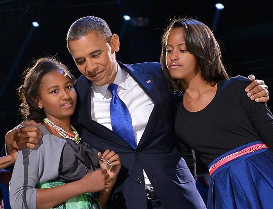 Barack Obama se stal podruhé prezidentem USA. Na snímku se svými dcerami.