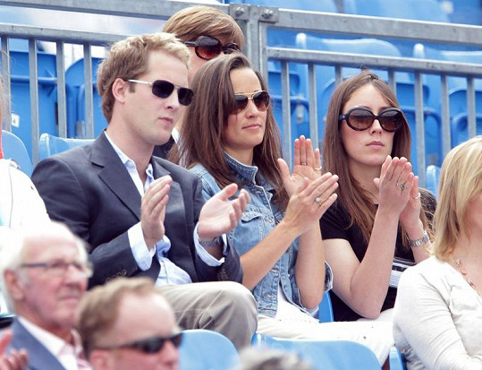 Pippa Middleton a George Percy na tenise.