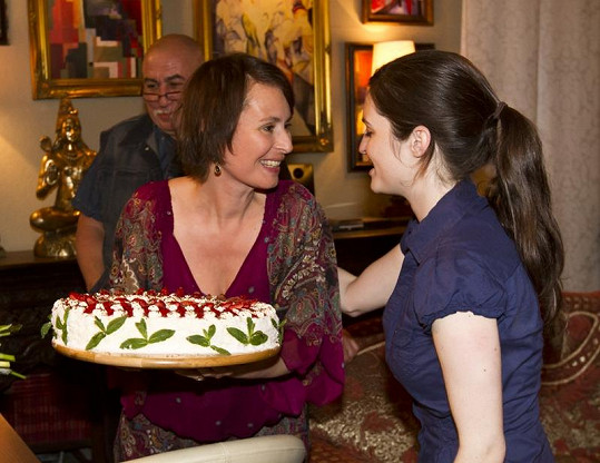 Lenka měla z dortu radost.