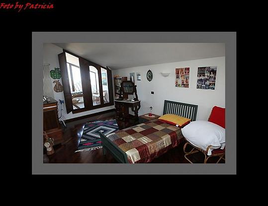 Další ložnice.
